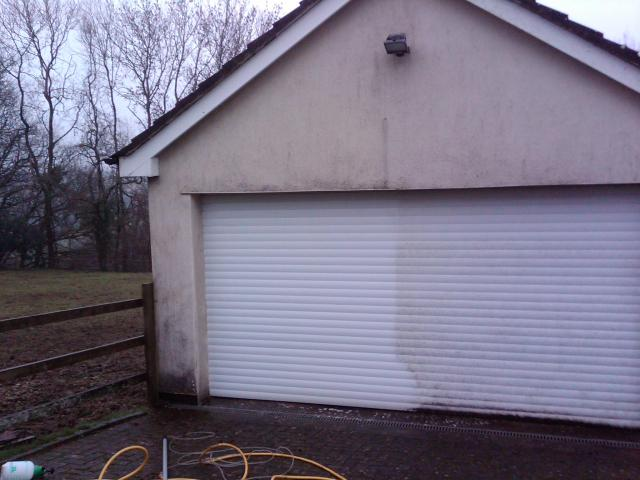 garage-door-cleaning